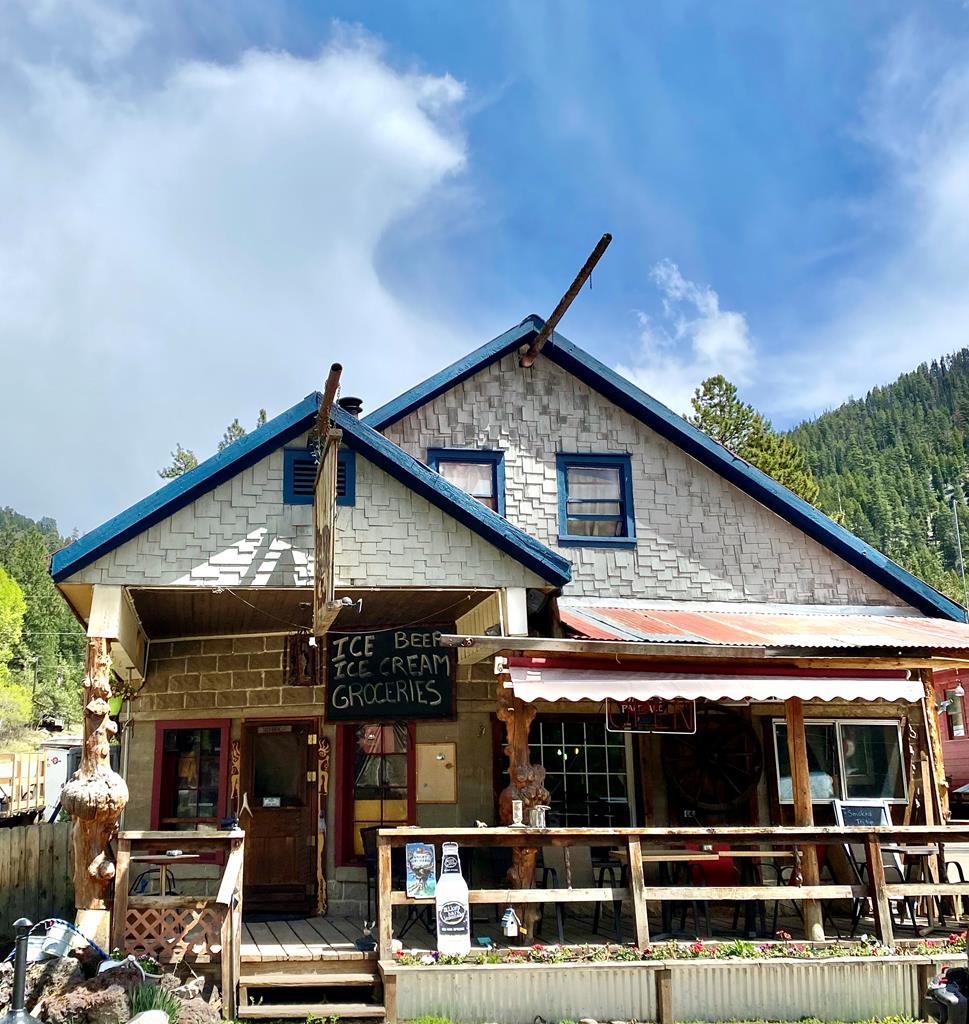 Yellow Pine ID Real Estate